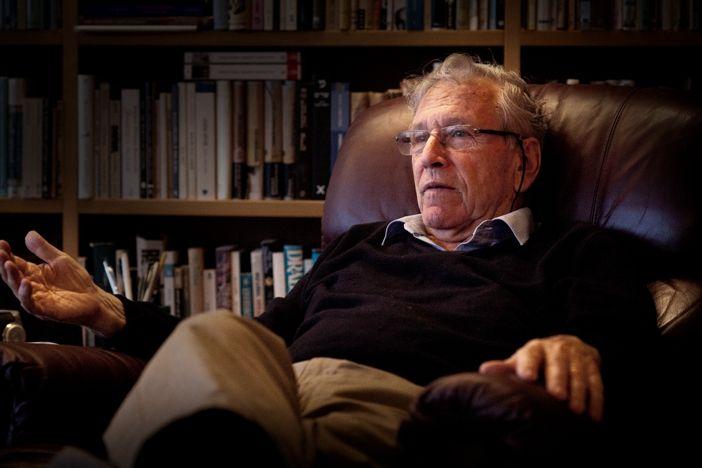 Writer Amos Oz